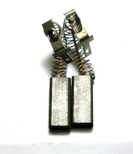 Kohlebürsten GOMES, kompatibel Kohlebürsten Makita CB-415/CB-417 (6x9x12)